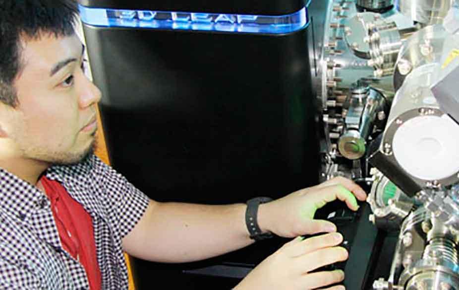 Researcher using a CVL desktop
